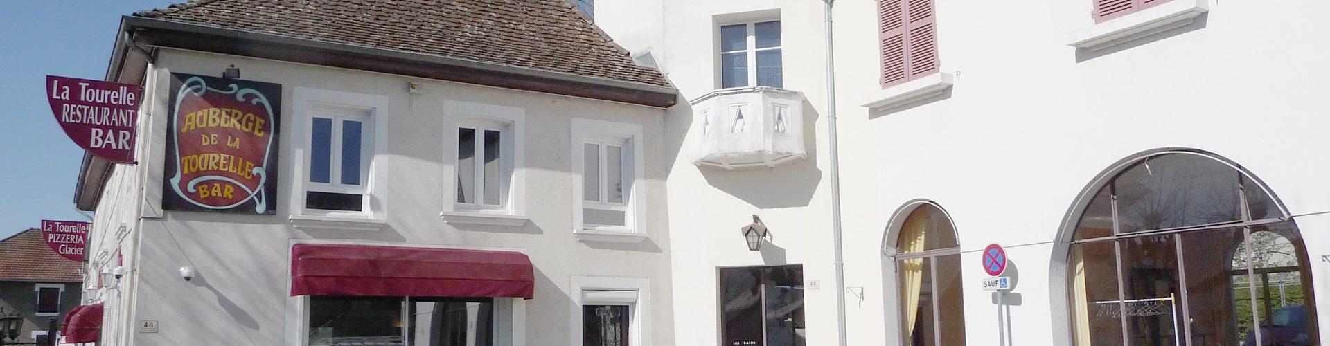 Restaurant Le Relais De La Tourelle - Entrée et Parking